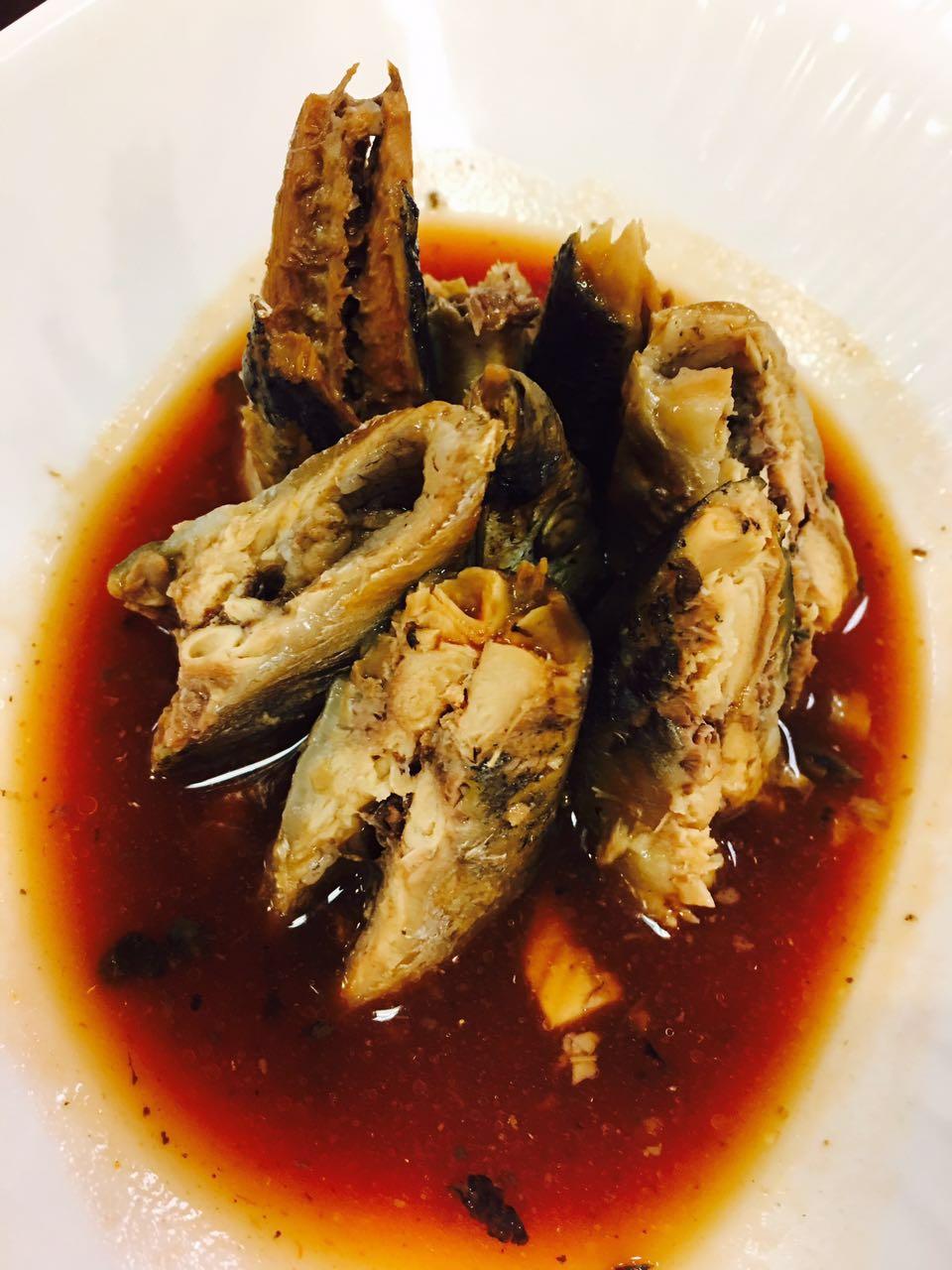 秘制醬汁秋刀魚