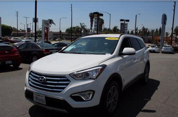 12 2015 Hyundai Santa Fe GLS SUV