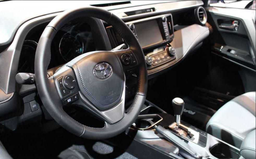 2017-Toyota-RAV4-Interior