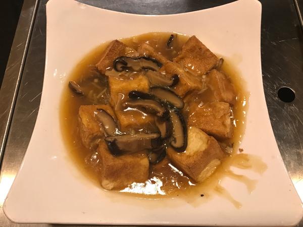 6 瑤柱扒豆腐 Dried Scallop with Tofu
