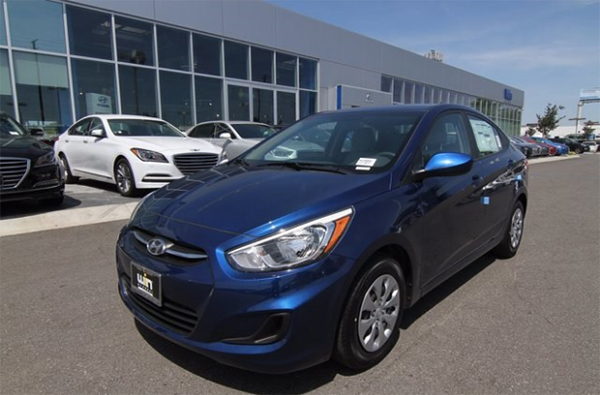 9 2017 Hyundai Accent SE Sedan 拷貝